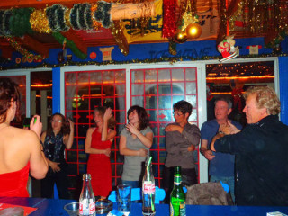 25122010-party7834