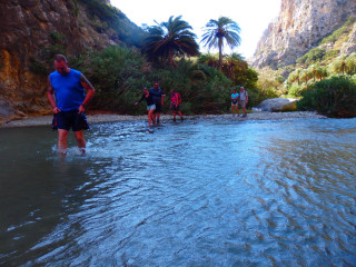 03-Canyoning-&-Gorge-Walking-in-crete-greece