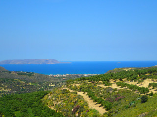 holidays-in-the-sun-in-April-greece