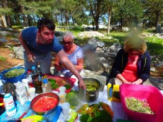03-cooking-spots-on-crete