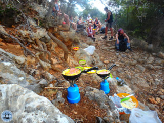 01-hiking-holidays-in-crete